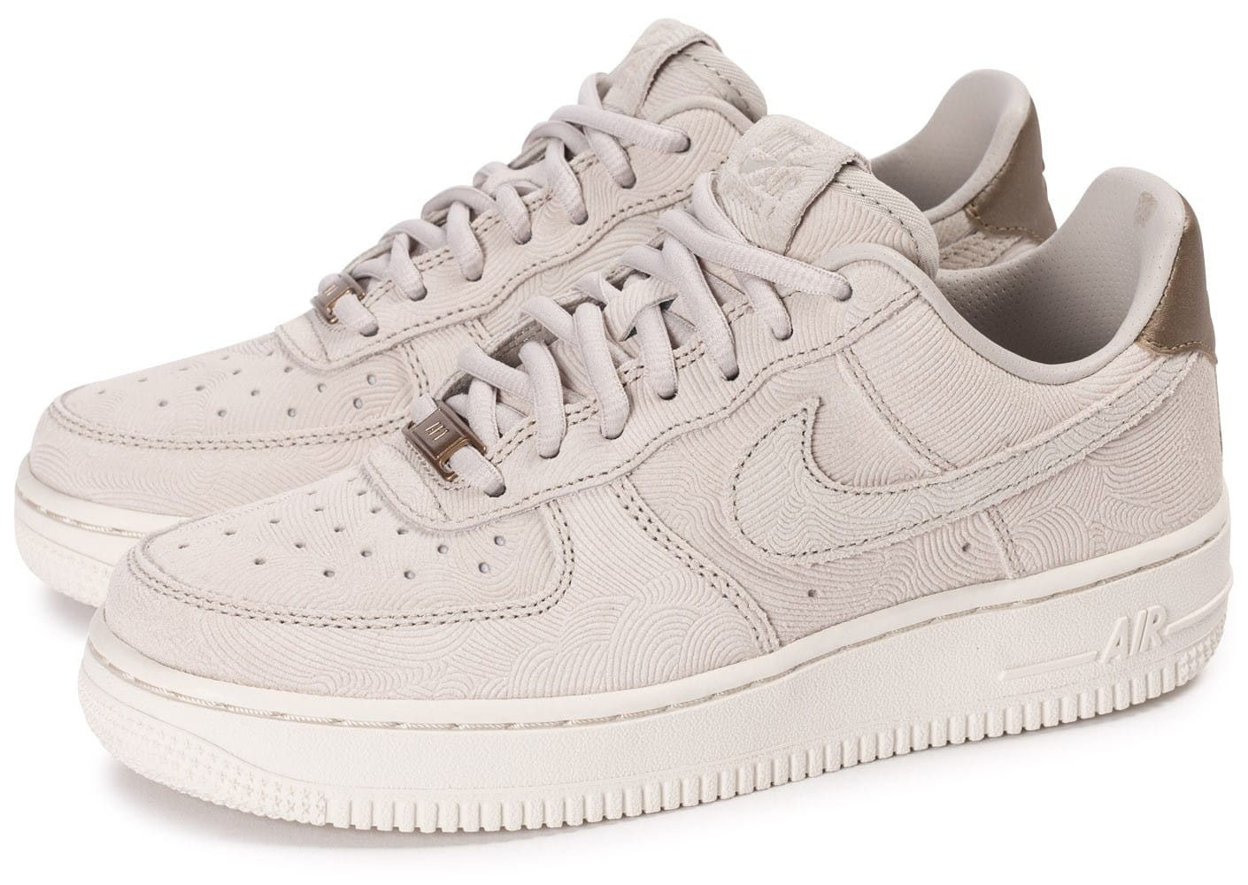 basket femme nike air force 1 rose et blanc